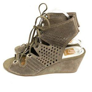 Dolce Vita Lara's Lace Up Wedge Sandal 9 Taupe